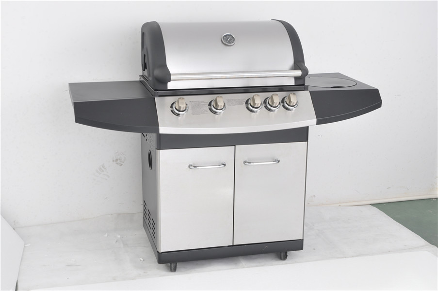 4-Burner Freestanding Gas Grill with Cast Iron Side burner