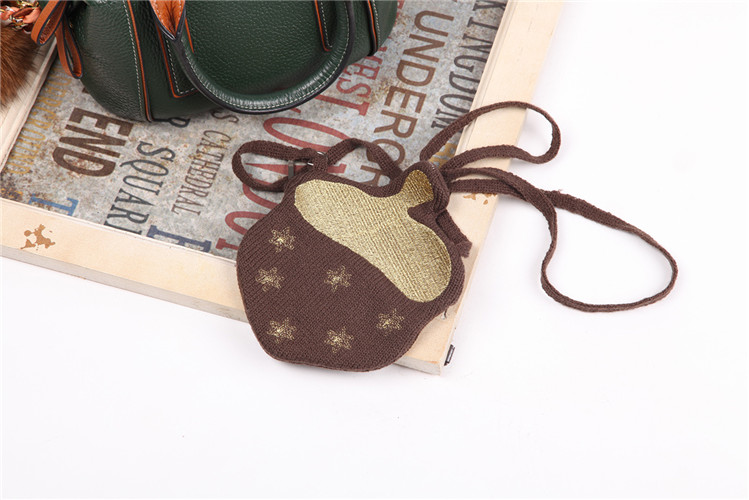 wholesale lovely One Shoulder knitted brocade and handmade Casual satchel