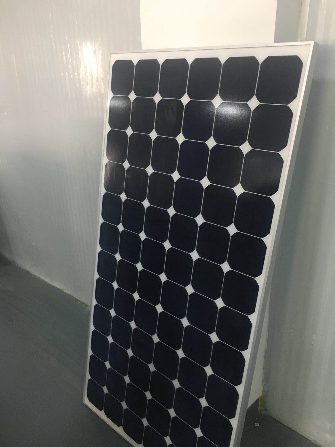 210watt Sunpower-Crystalline Solar Modules