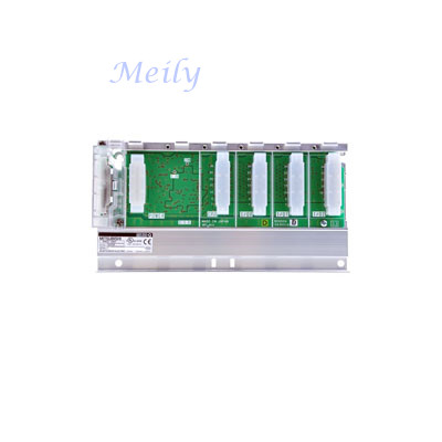 Mitsubishi Q33B base unit for DIN rail