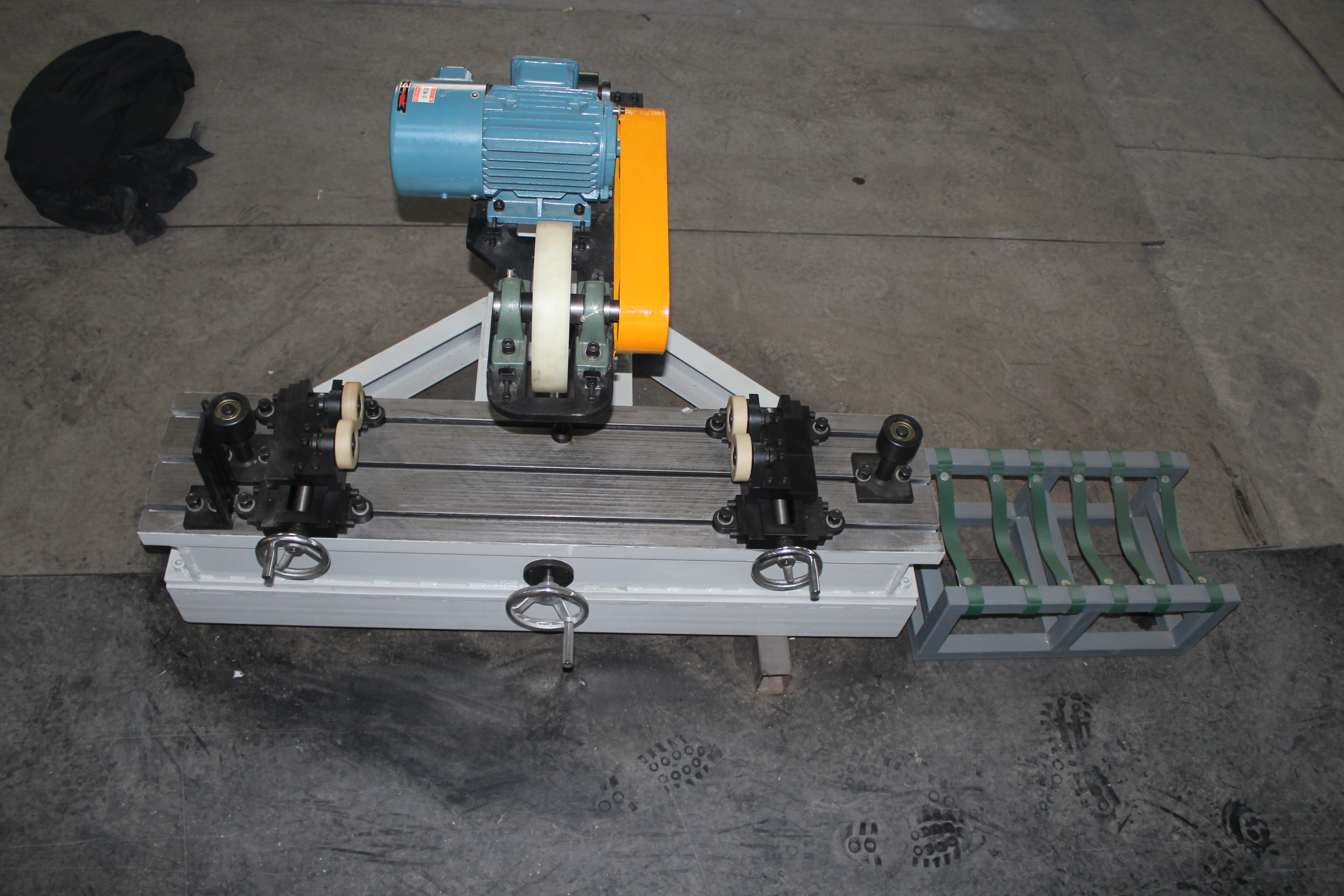 The Test-bed for Rotation Resistance of Roller