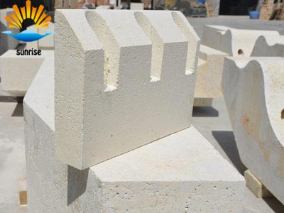 A New Fiber Reinforced Lightweight Brick of Mullite