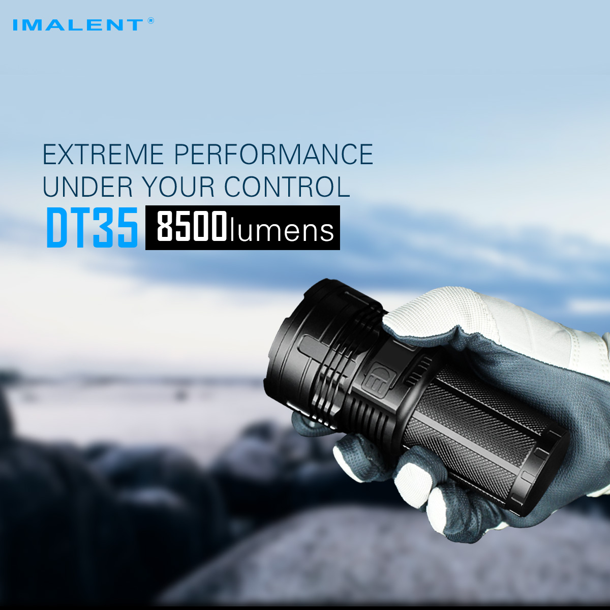 IMALENT DT35 A versatile USB rechargeable LED tactical flashlight with multi-level output and an OLED display