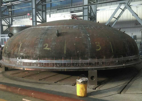 Pressure Vessel Conical End with Cladding Plate