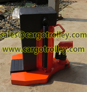 Lifting moving jack with feature function