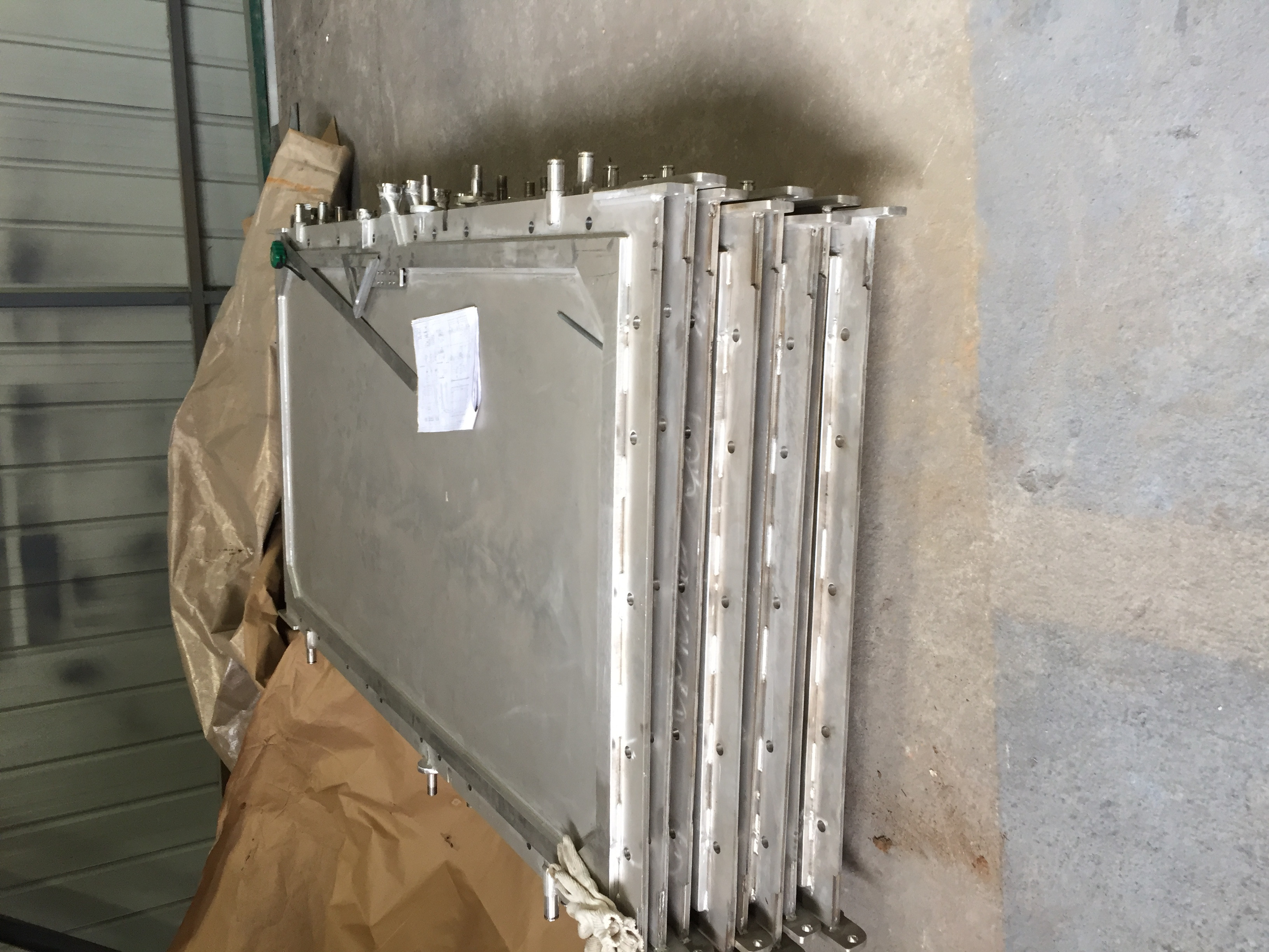 Industrial metal filter plates for tower filter presses