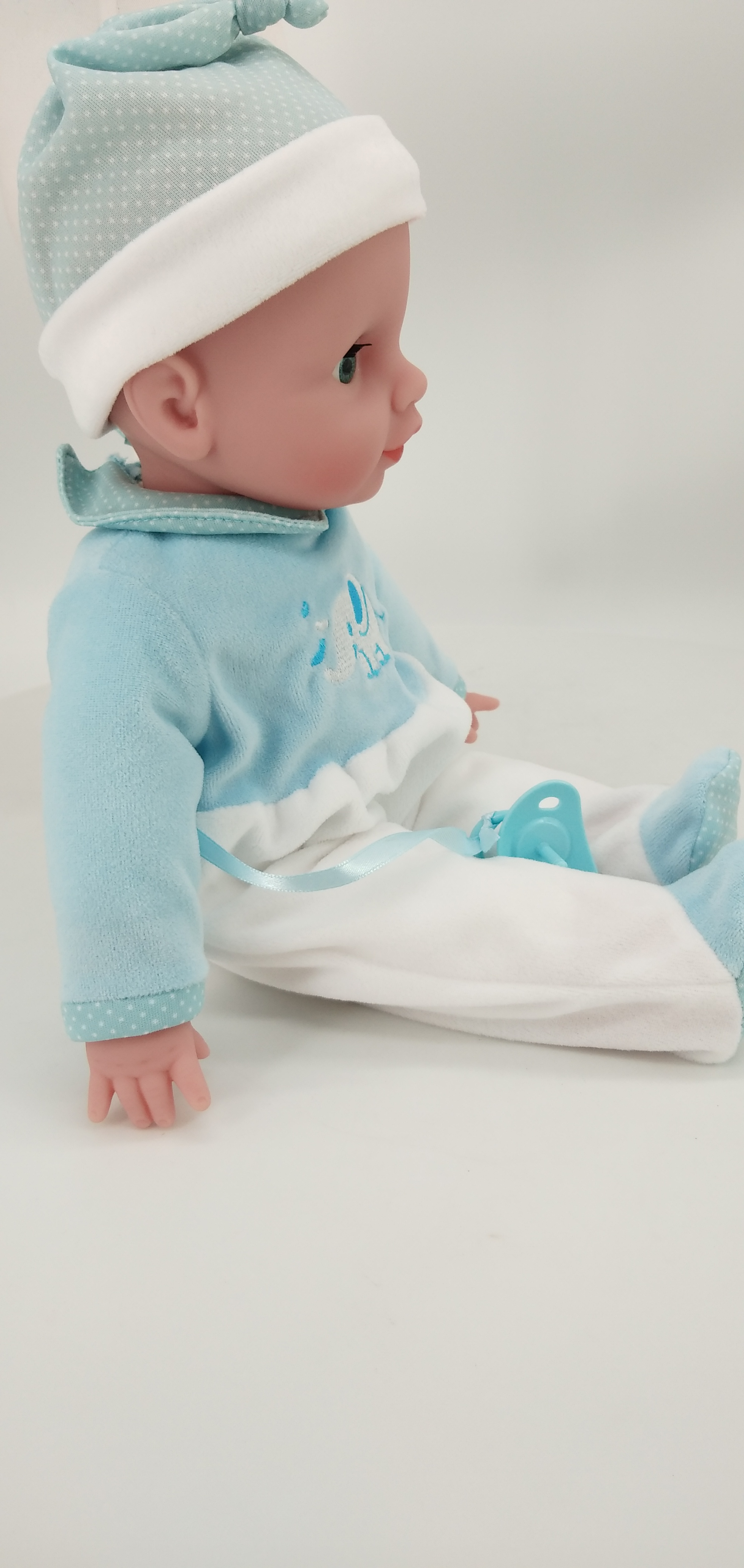 cute baby vinyl dolls supplier