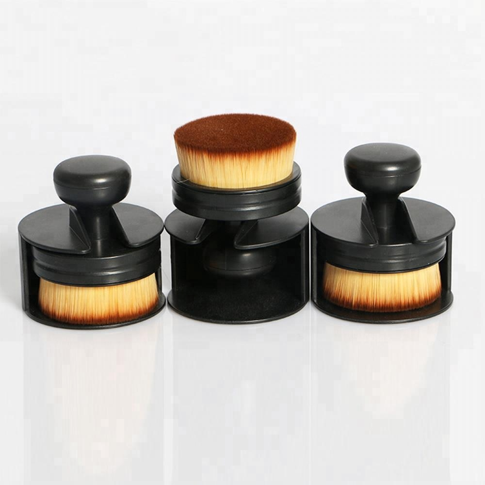 China Factory privated label soft nylon hair Plastic handle Portable Liquid BB Foundation makeup brush