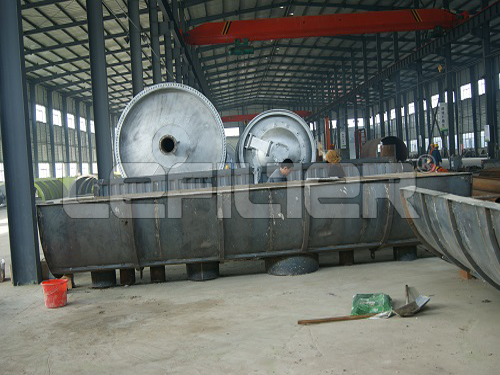 Convenient input of raw materials Waste pyrolysis plant