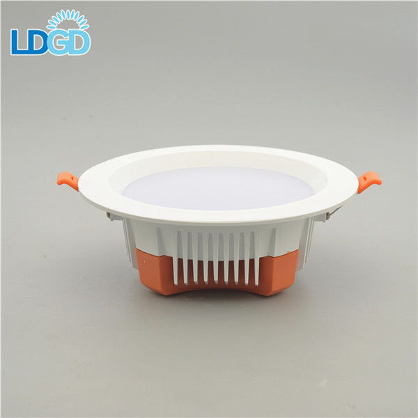 Well Priced Rotatable Surface Mounted Retrofit RGBW LED Spot Down light 6W Warm White LED Downlights