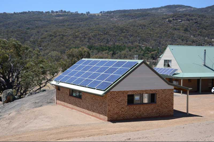 Off Grid Solar Power System for Home Use