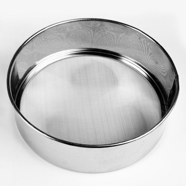 Round stainless steel flour sifter