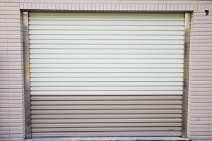 Garage Rolling Door – Zincalume