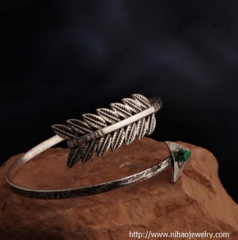 Cuff bracelets JEWELRY TRENDS FOR 2019