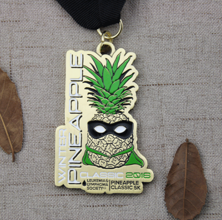Running Medals | Custom Running Medals for Pineapple Classic 5K