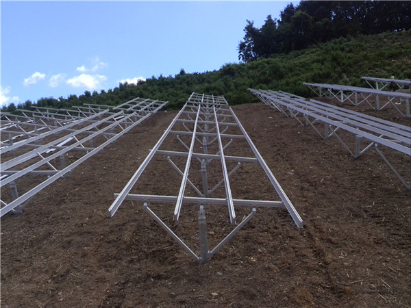 Solar ground mounting ramming post mounting system