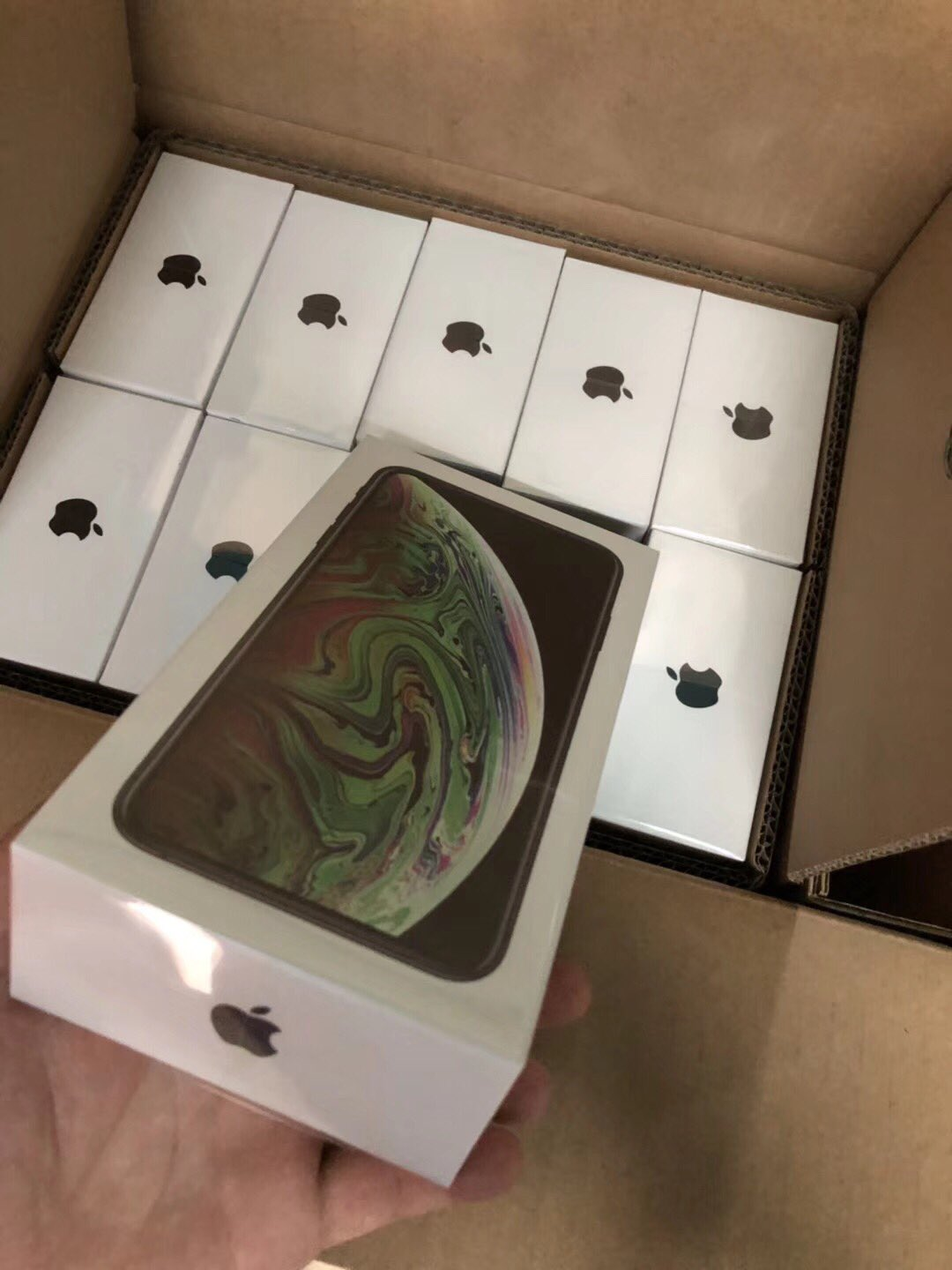 BRAND NEW APPLE IPHONE X, XS, XS MAX, SIM-FREE, FACTORY SEALED, NEVER-OPENED, FACTORY UNLOCKED, 100% ORIGINAL