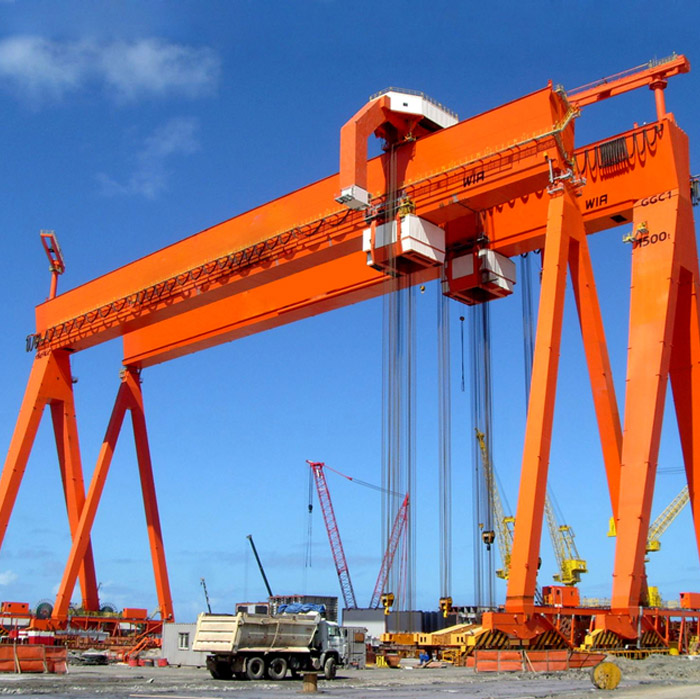 High quality heavy duty box type mobile boat shipbuilding gantry crane lift for sale