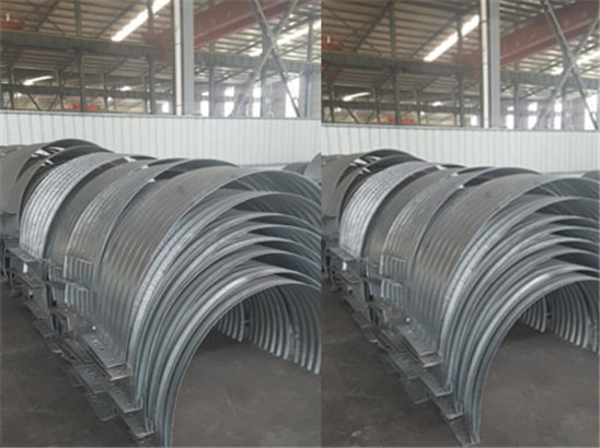 Connecting band for corrugated steel pipe