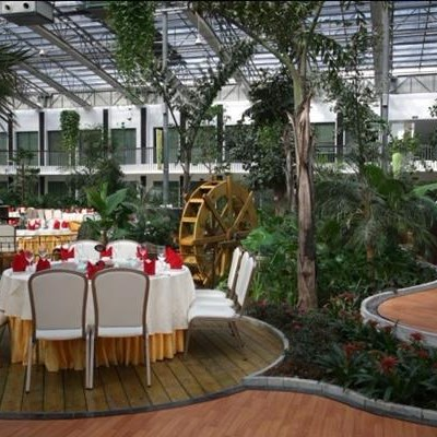 High Efficient Glass Greenhouse For Ecological Restaurant