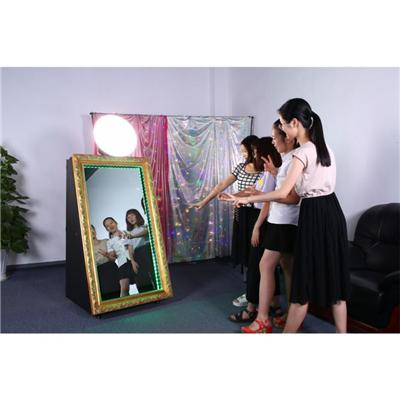 Touch Screen Portable Mirror Booth