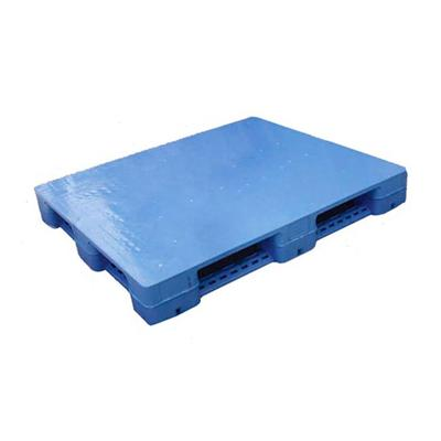 6 Runners Solid Top Plastic Pallet