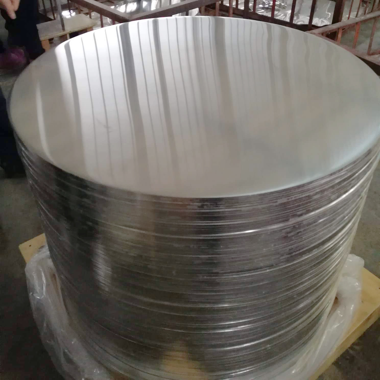 China Cheap Price Supplier Good Reflectivity 1100 1050 O Aluminium Disc/circle/disk