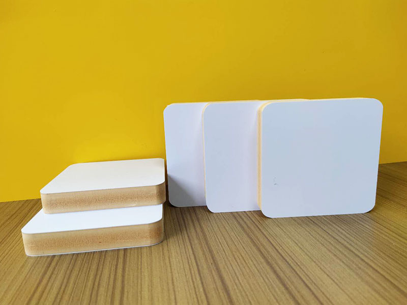 WPC Co-extruded Foam Sheet / 4mm 0.75 density     WPC CO-EXTRUDED FOAM SHEET