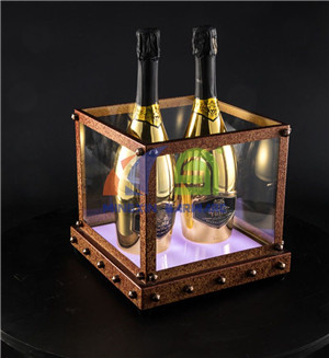 Antique Rusty Effect 4 Bottles Champagne LED Ice Bucket         LED beer ice bucket