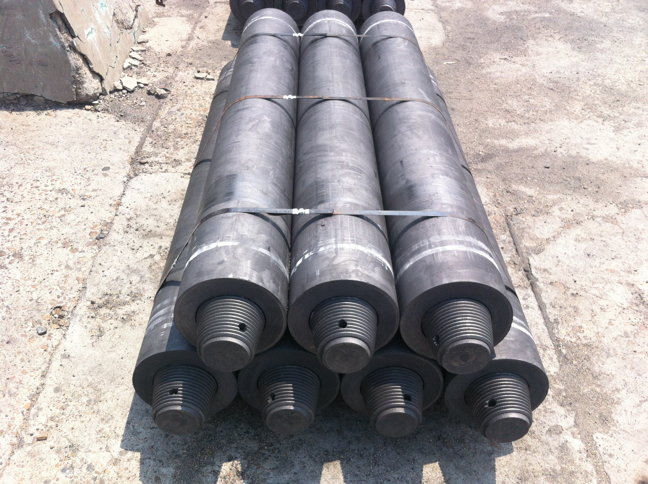 GRAPHITE ELECTRODE RP,HP.SHP.FG.UHP IN CHINA