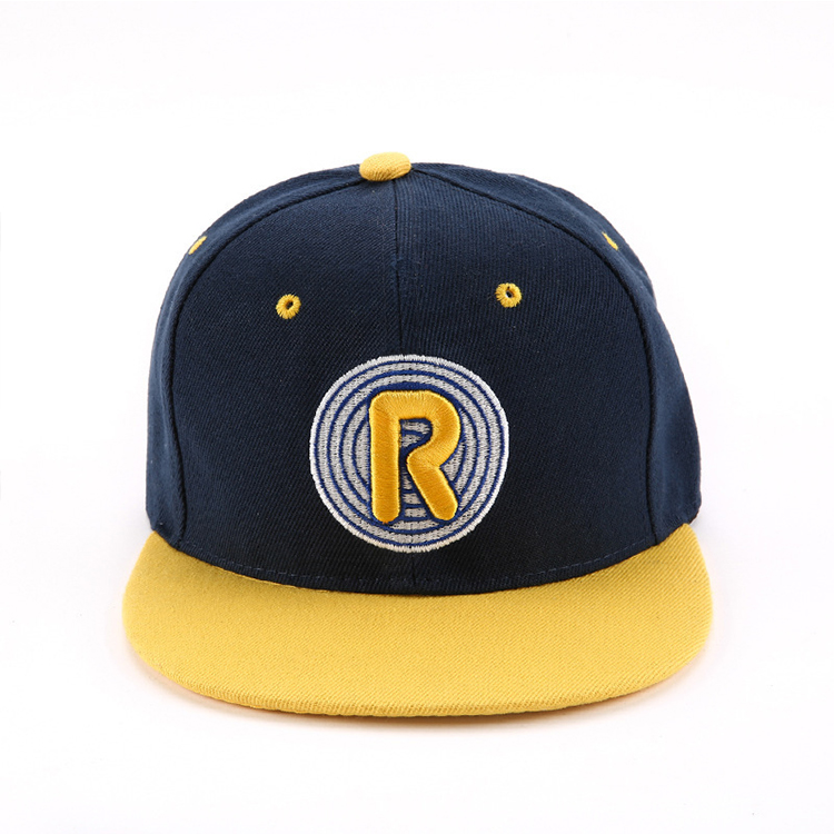 Custom Flat Visor Fitted Baseball Caps with Embroidered Patch