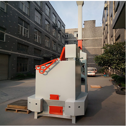 Domestic waste pyrolysis furnace