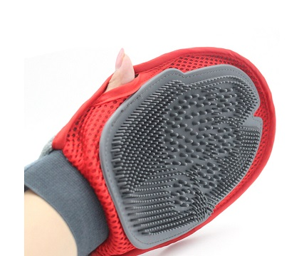 New Design Pet Grooming Glove
