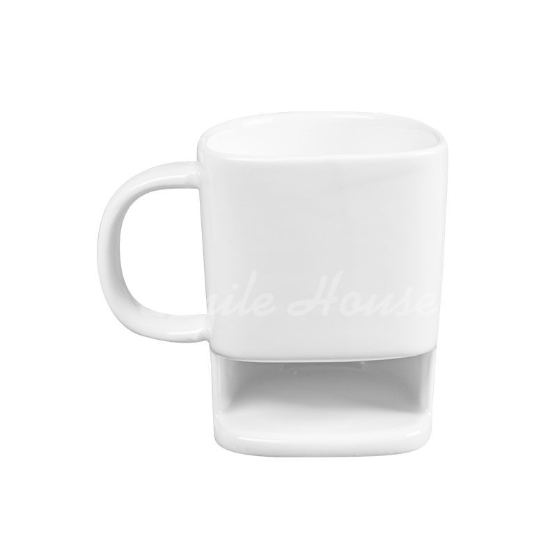 White Ceramic biscuit mug with the handle