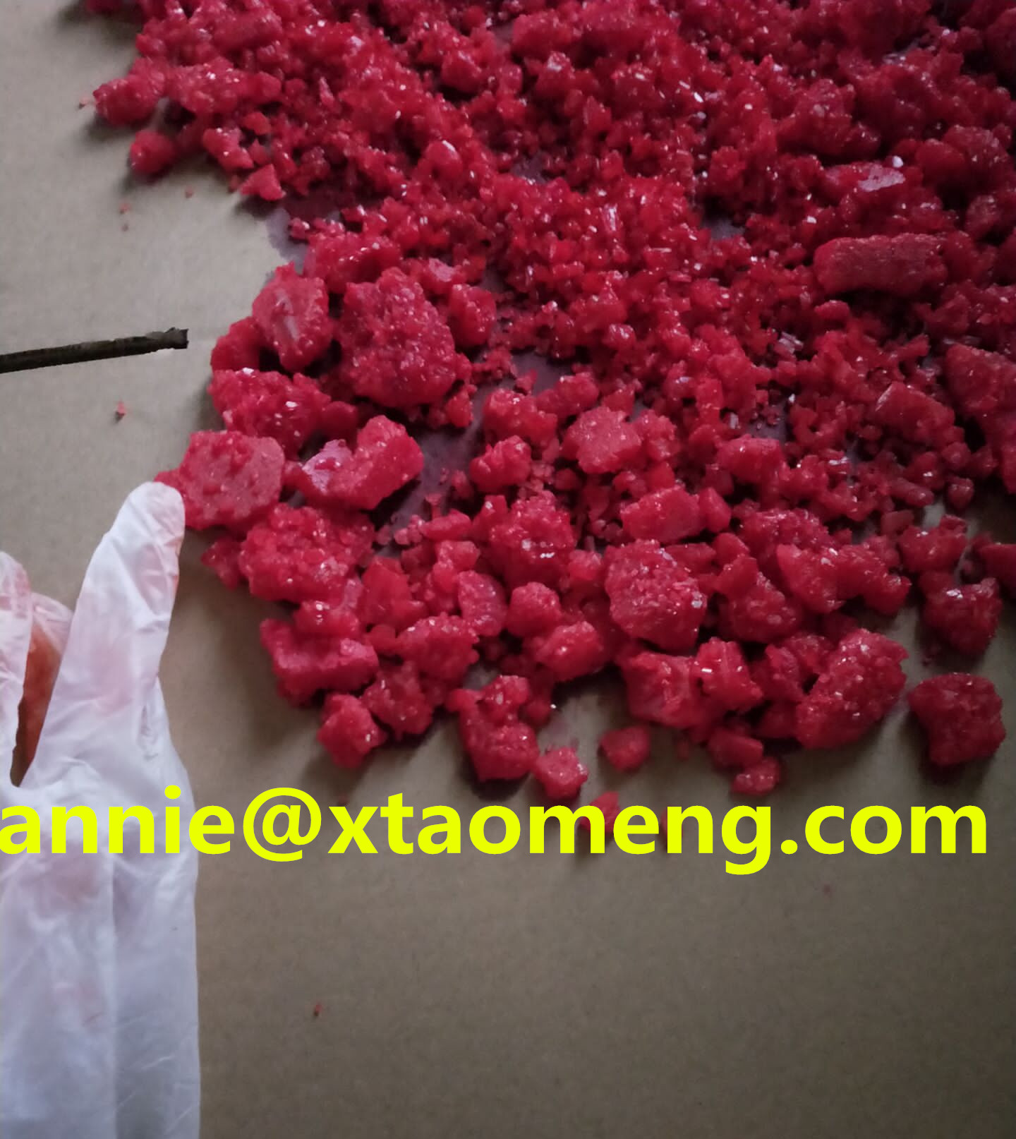 red color Eutylone BK-EBDP crystal (annie@xtaomeng.com)