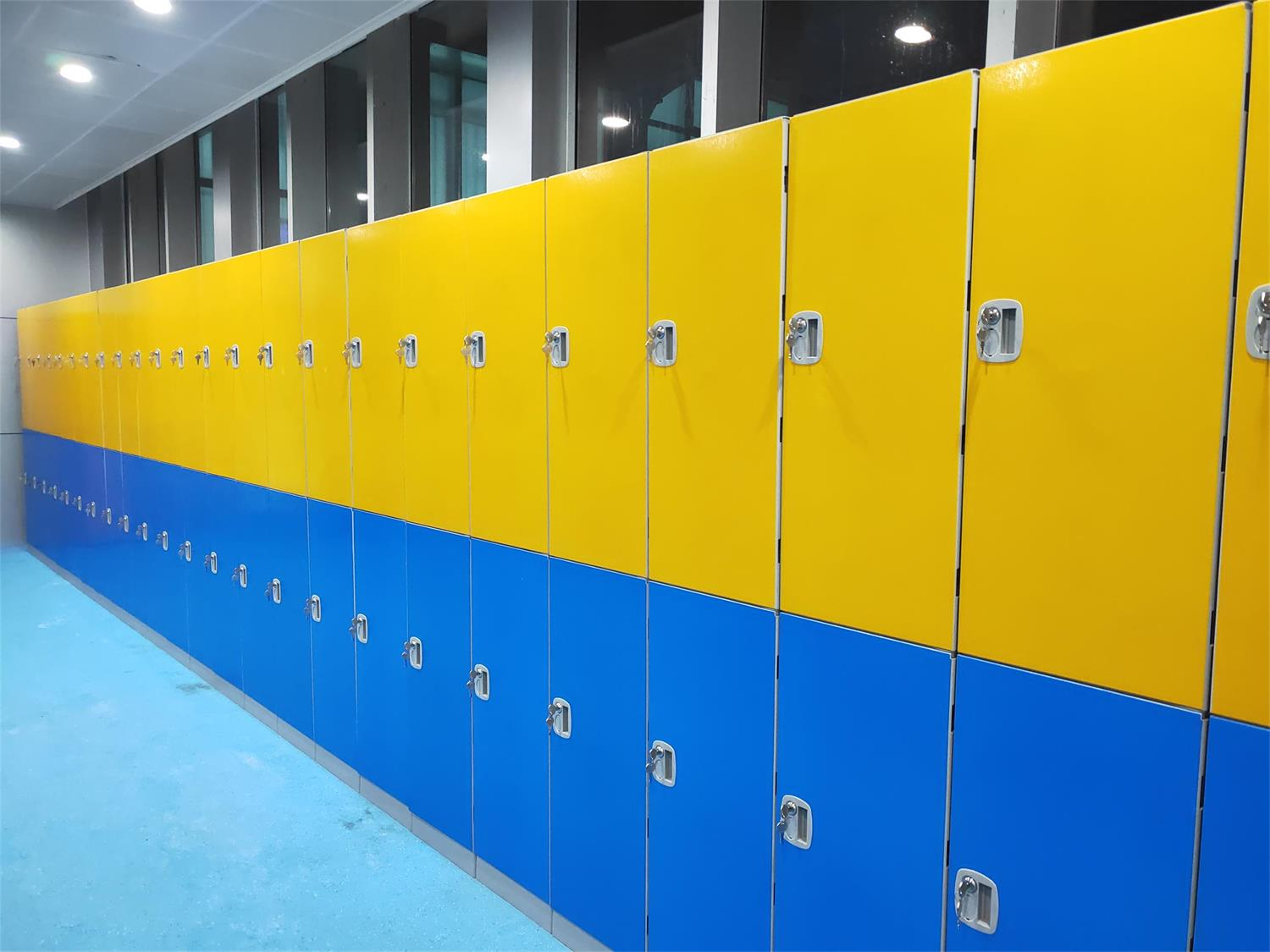 swimming pool locker