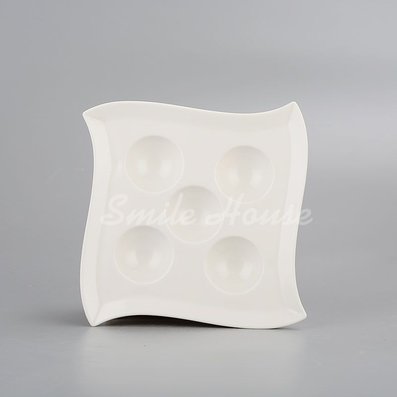 Square eggs ceramic plates