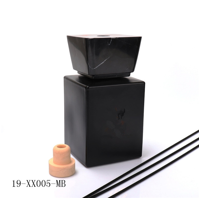 Diffuser glass Bottle