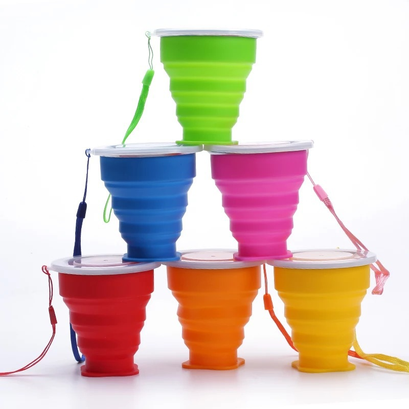 Healthy foding silicone cups with lids