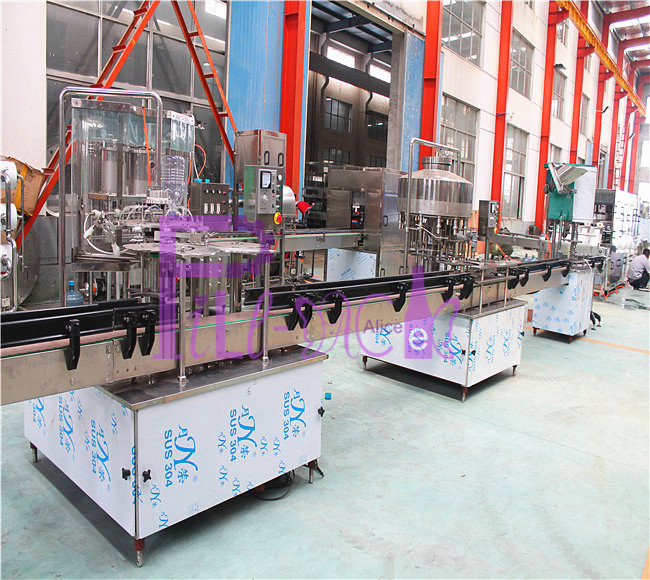Linear water bottling equipment for 5L PET bottle with 45mm neck
