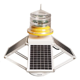 Solar panel adjusted Medium intensity aviation light