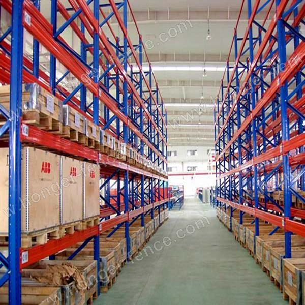 Heavy shelves used in high-level warehouses and ultra-high-level warehouses