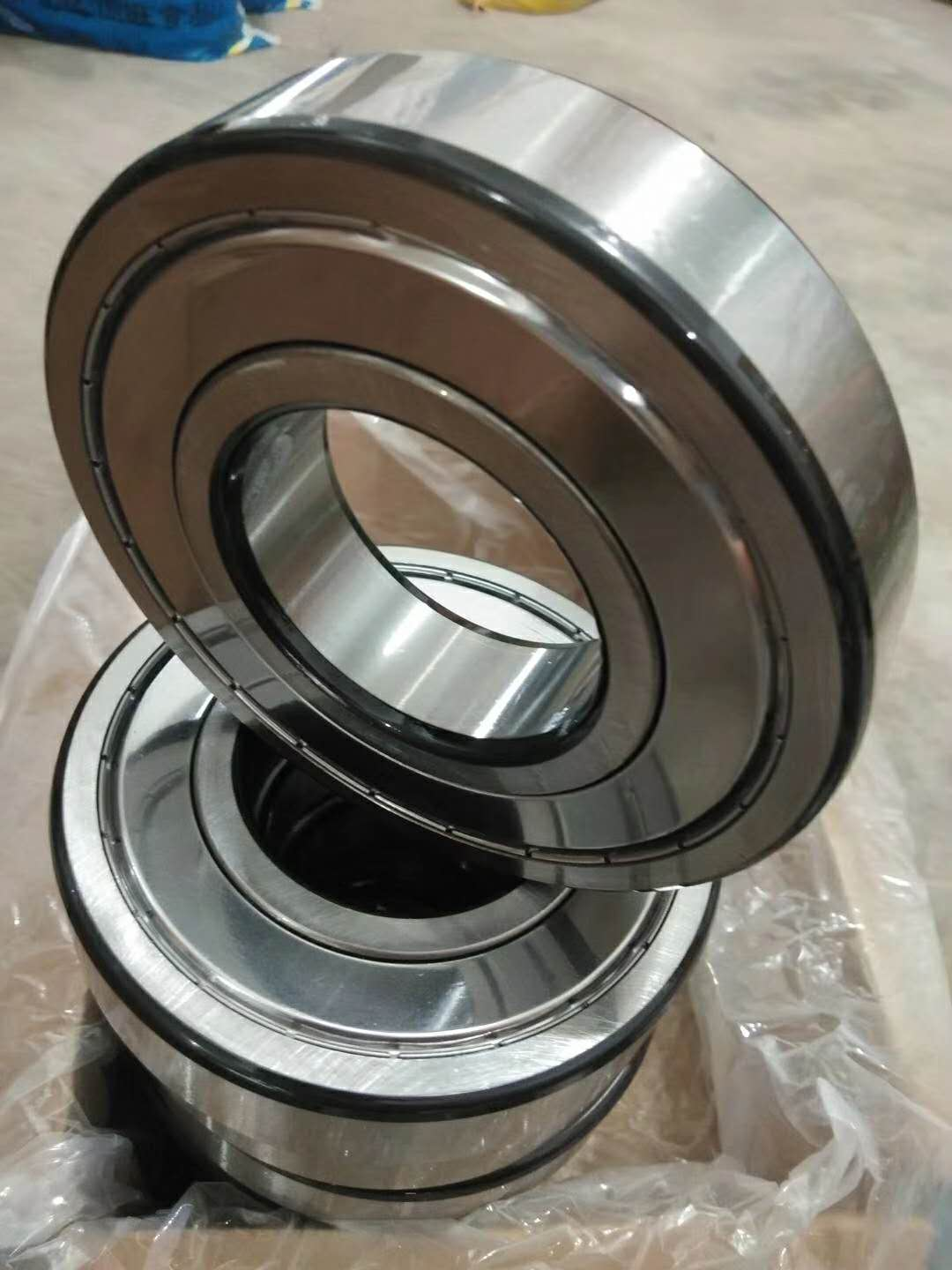 Deep Groove Ball Bearing 6026 on Selling with Low Price