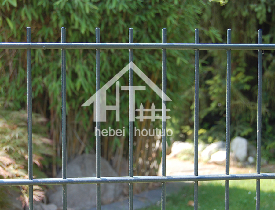 High Quality Public Facility Walkway Pedestrian Double Wire Panel Fence