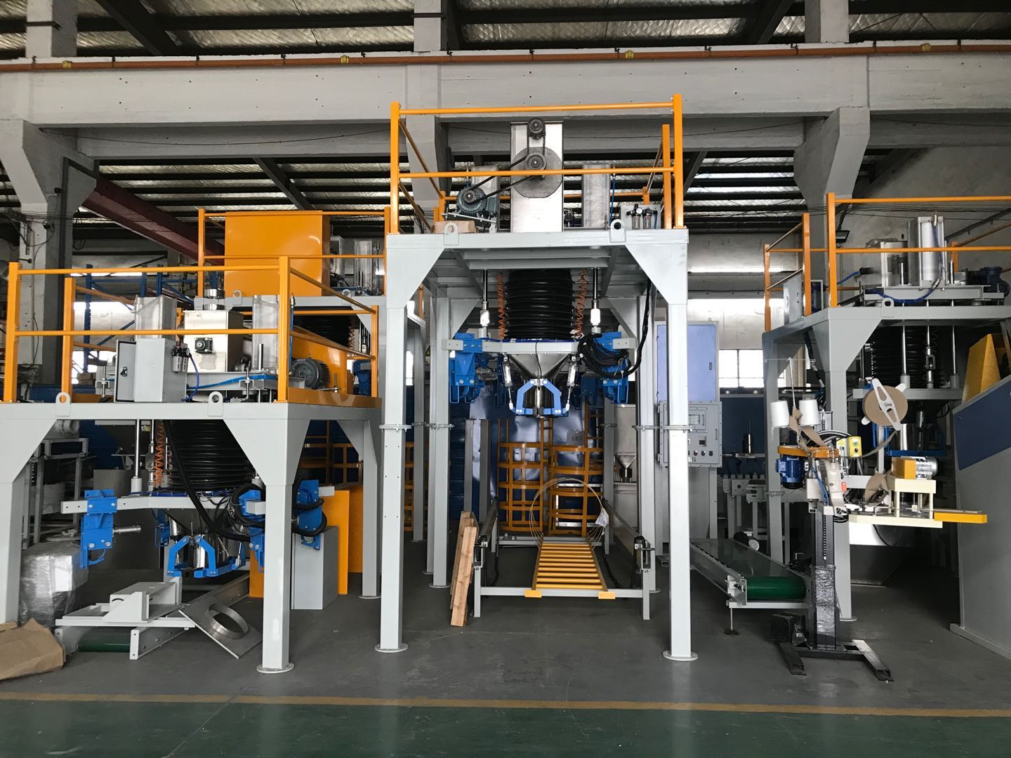 Containerised bagging machine for chemical fertilizers Containerised bagging system Mobile Bagging Unit Wuxi HY Machinery Co., Ltd.