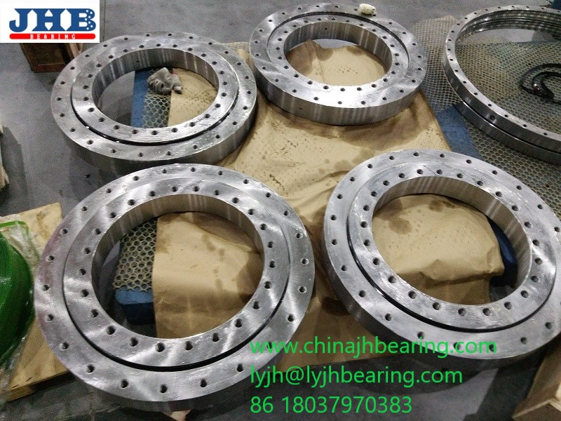 010.35.559 turntable bearing 431.8x695.452x90.932mm