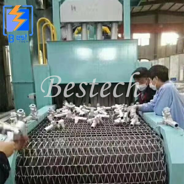 Wire Mesh Belt Shot Blasting Machine for Wheel Hub