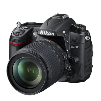Nikon D7000 Digital SLR (With 18-105mm Lens)
