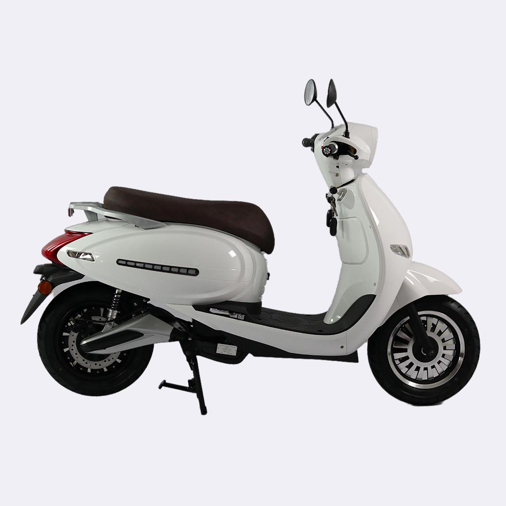 EEC COC 4000W Motor 75km/h Top Speed Lithium Battery Adults Electric Motorcycle Scooters Ninja