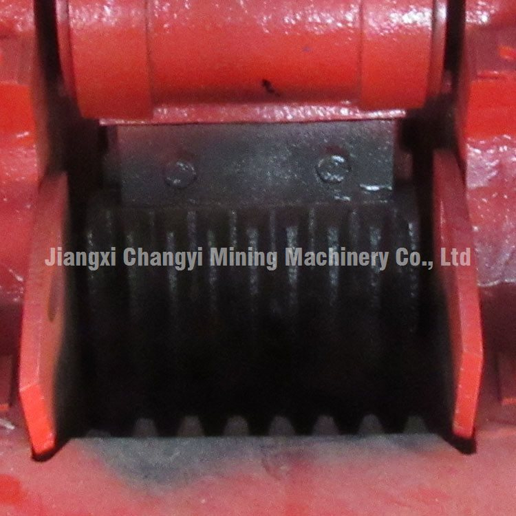 Portable Mobile Mini Stone Rock Crushing Machine, Low Price Diesel Jaw Crusher For Sale
